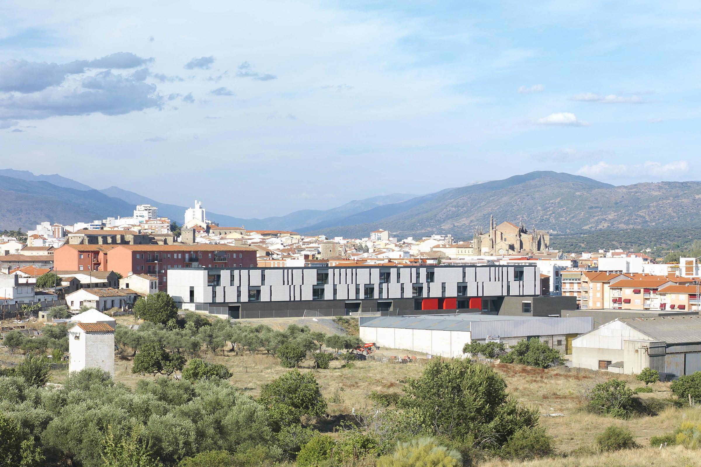 IES Plasencia LANDÍNEZ+REY arquitectos | eL2Gaa