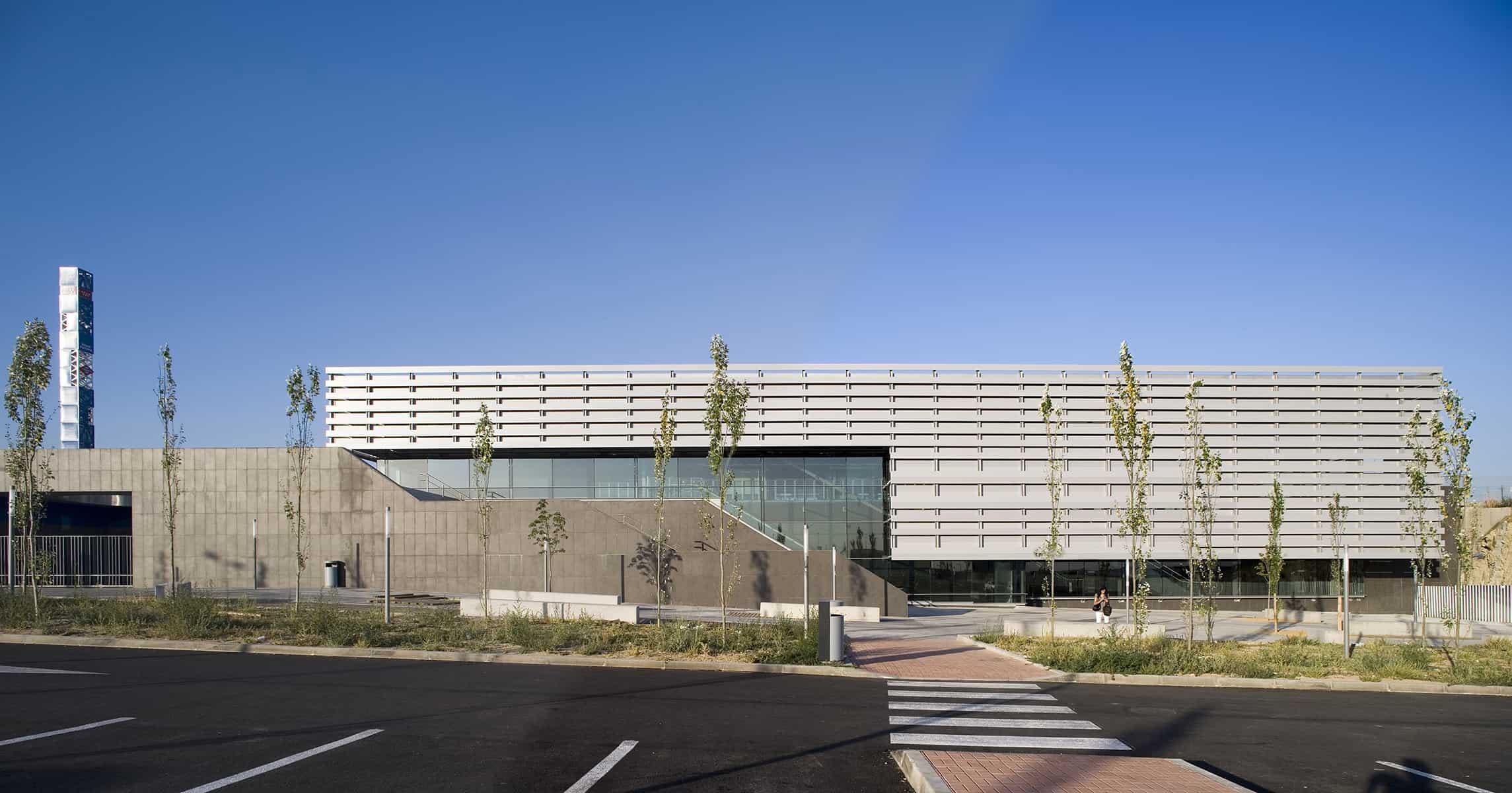 Fachada Estación METRO de MADRID_LGV+LANDINEZ+REY | equipo L2G arquitectos, slp [eL2Gaa ] - arquitectura del transporte
